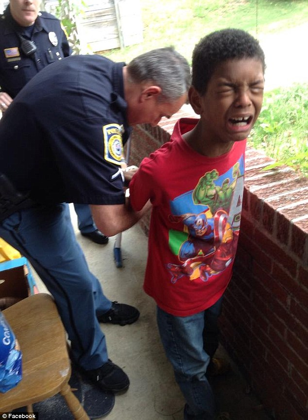 Handcuffing Little Kids May Not Be >> How Should Children See Police J M Peace